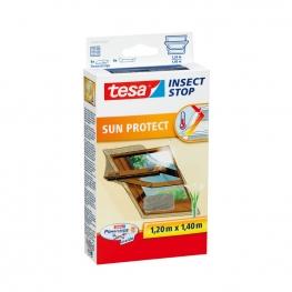 Síť proti hmyzu do střešních oken Tesa Insect Stop COMFORT odrážející sluneční paprsky