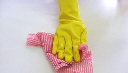 Alergií na latex trpí často zdravotníci a další profese využívající gumové rukavice (foto: SXC)