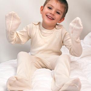 Pyžama pro ekzematiky brání škrábání