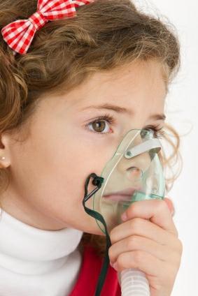 Pravidelné inhalace prospějí malým i velkým astmatikům (foto: iStock)