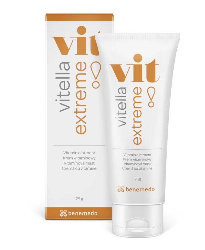 Při mrazech či velmi suchém vzduchu udělá atopické pokožce dobře ochranná vitamínová mast Vitella Extreme, která neobsahuje žádnou vodu (dostupná pouze v lékárnách).