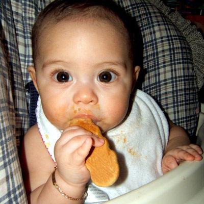 S lepkem by se dítě mělo seznámit už ve čtvrtém měsíci (zdroj: SXC)