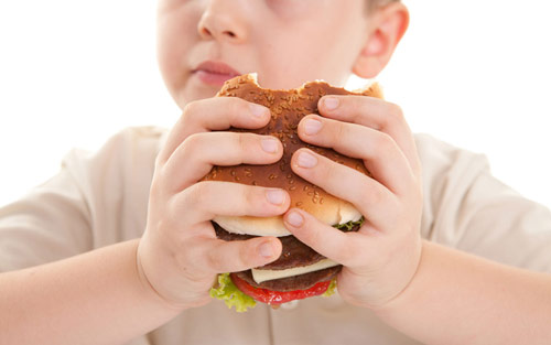 Intoleranci potravin si můžete přivodit nezdravou stravou