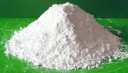 Oxid zinečnatý i titaničitý jsou vlastně bílá barviva - odrážejí světlo