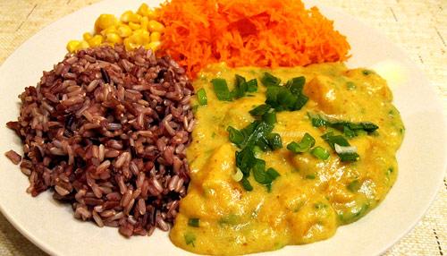 Rybí kari s rýží natural, jak si ho vaří Petra M.